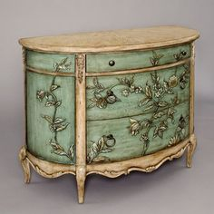 Great inspiration piece for freshening up furniture... DIY!!
