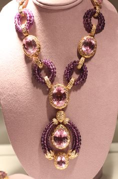 "Elizabeth Taylor - Kunzite, Amethyst, and Diamond ""Triphanes"" Sautoir by Van…"