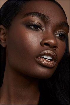 Loaded Eyeshadow Palette does it again. Black Models, Shades Of Black, Beautiful Black Women, Dark Skin, Nars Cosmetics, Eyeshadow Palette, Portrait, Instagram, Makeup