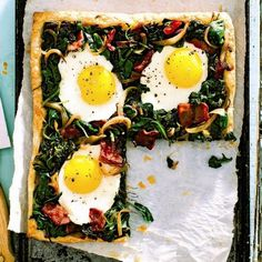 10 spinach recipes to give dinner a healthy boost - Sunny-side up tart Easy Brunch Recipes, Healthy Recipes, Breakfast Recipes, Breakfast Ideas, Breakfast Pie, Dinner Recipes, Spinach Recipes, Tart Recipes, Pastries Recipes