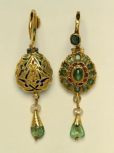 Morocco | Earrings, 17th century | Fabricated from sheet and wire, engraved, enameled, and set with rubies and emeralds