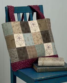 Scraps, flowers, and big-stitch quilting <3 We are loving this tote from Gail Pan's upcoming book Patchwork Loves Embroidery Too! #embroidery #patchwork