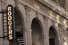 Richard Rodgers Theatre  Chicago starring Ann Reinking, Bebe Neuwirth, James Naughton and Joel Grey