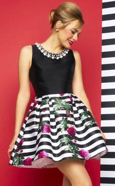 Maravillosos vestidos: http://www.vestidos.pw/p/vestidoscasuales.html