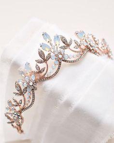 Bridal Crown, Bridal Tiara, Bridal Headpieces, Bridal Updo, Cute Jewelry, Hair Jewelry, Wedding Jewelry, Fashion Jewelry, Wedding Rings