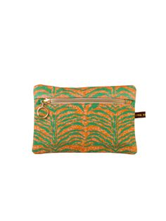 Esin I Makeup Bag #africandesign, #africantextiles, #Evasonaike, #africanprints, #africanfashion, #popularpic, #luxury, #africanbag #picoftheday #picture #look #mytrendesire #cool #africandecor #decorating #design #VintageSafaricollection #Esin