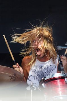 Taylor Hawkins #drummer #rockmusic #rocklegend #concerts #concertphotography #foofighters #taylorhawkins