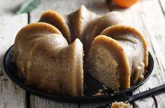 Photo credit: G. Drakopoulos - Food Styling: T. Webb Αυτός ο χαλβάς έχει ένα υπέροχο άρωμα πορτοκαλιού. Αλλά αν θέλετε να φτιάξετε τον κλασσικό παραδοσιακό σιμιγδαλένιο ...