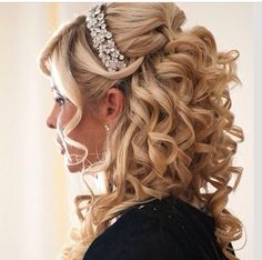 Love the curls!