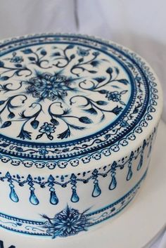 Blue & white painted cake