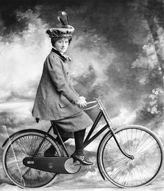 """41 don't for female cyclists circa 1891. """"Don't scream if you meet a cow. If she sees you first, she will run."""""""