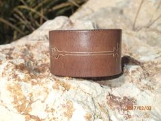 leather arrow cuff/white brown leather cuff bracelet/upcycled leather cuff/womens cuff/unisex mens cuff bracelet/leather jewelry/C229 by longshotleather on Etsy