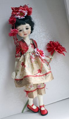 Makikos new dress | Flickr - Meadowdolls