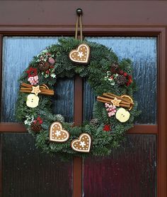 vánoce 2014 Natural Christmas, Christmas And New Year, Winter Collection, Quilling, Advent, Christmas Wreaths, Holiday Decor, Ideas, Home Decor