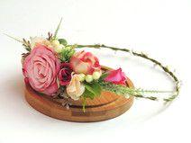 Romantyczny wianek do włosów z różami