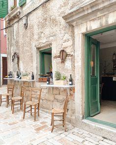 A Quick Guide to Rovinj, Croatia - Petite Suitcase Croatia Itinerary, Croatia Travel, Europe Travel Tips, Places To Travel, Travel Destinations, Weekend City Breaks, Train Journey, European Destination, Eurotrip