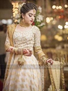Brides sister ( this would be a good nikkah dress for the brides sister ) Pakistani Bridal Hairstyles, Lehenga Hairstyles, Pakistani Wedding Outfits, Pakistani Wedding Dresses, Pakistani Dress Design, Bridal Outfits, Indian Hairstyles, Bride Hairstyles, Bridal Mehndi Dresses