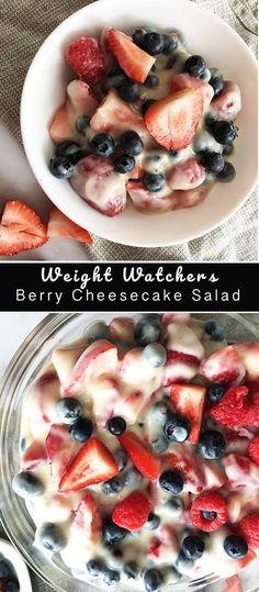 Berry Cheesecake Salad - Weight Watchers Weight Watchers Berry Cheesecake Salad - Recipe Diaries Source by . Weight Watcher Desserts, Weight Watchers Snacks, Weight Watcher Dinners, Salade Weight Watchers, Weight Watchers Cheesecake, Plats Weight Watchers, Weigh Watchers, Weight Loss, Healthy Foods