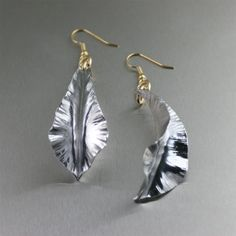 New! Trendy Aluminum Fold Formed Leaf Drop Earrings – Whispers of Coolness! https://www.aluminum-jewelry.com/aluminum-jewelry/aluminum-earrings/aluminum-fold-formed-leaf-drop-earrings-whispers-of-cool-and
