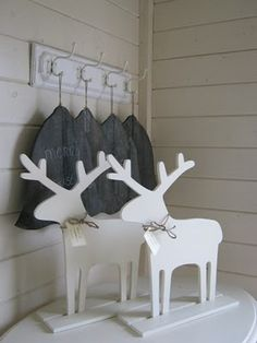 Christmas - wood Reindeer deer cut out decoration