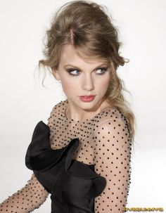 taylor swift leggy monarch f. | Taylor Swift Sexy Singer 2010 Photoshoot Gallery 3