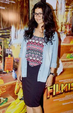 Nimrat Kaur at the special screening of Filmistaan. #Style #Bollywood #Fashion #Beauty Nimrat Kaur Photographs MADHUBANI PAINTING (BIHAR)  PHOTO GALLERY  | I.PINIMG.COM  #EDUCRATSWEB 2020-05-31 i.pinimg.com https://i.pinimg.com/236x/aa/18/50/aa1850c02b5ceeb9bb140076cd3a78f7.jpg