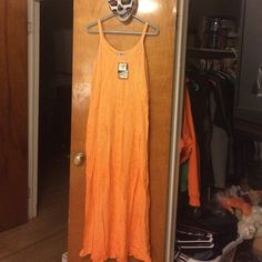 Ombré Maxi Ombré Orange Maxi, new with tags, very lovely, great buy, just never wore it Neelam Dresses Maxi
