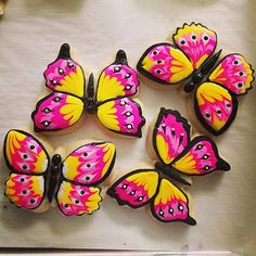 Butterfly Sugar Cookies by ChaosinChocolate on Etsy, $40.00