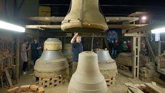 """""""Das Geheimnis des Glockengießens ist das Zeichnen der inneren und äußeren Linien"""": Blick in die Werkstatt der Firma Rincker im mittelhessischen Sinn"""