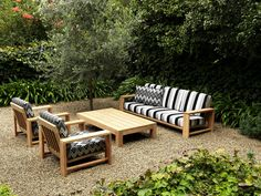 Maxi Setting with Chunky Coffee Table by Robert Plumb