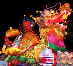 gran desfile anual chino , en las calles te kokaynomire