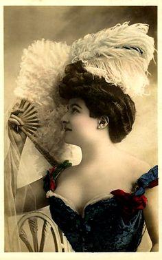 Vintage Lady Postcard ~ LÁMINAS VINTAGE,ANTIGUAS,RETRO Y POR EL ESTILO.... (pág. 375) | Aprender manualidades es facilisimo.com