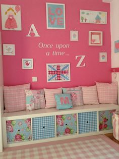 Omg!!! Need something like this for Miss Abby! She loves to read and this would be cozzy - great toy storage to :-)