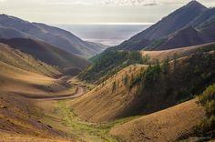 Uvs aimag Red davaa Bayar's Mongolian photography