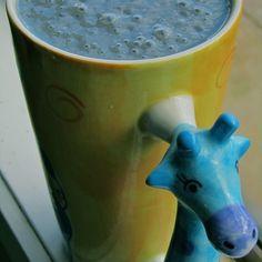 Blue Green Smoothie with kefir Spirulina Smoothie Recipe, Spirulina Recipes, Kefir Recipes, Smoothie Blender, Nutribullet Recipes, Blender Recipes, Smoothie Drinks, Healthy Smoothies, Canning Recipes