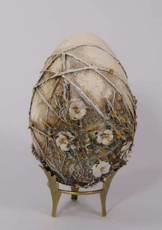 Easter egg with flowers Powertex by Anna Skałba
