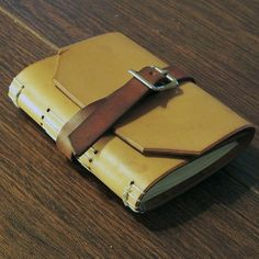 leather book- Good idea to reuse my old belt!
