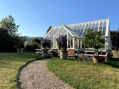 Alitex Victorian Messenger Greenhouse in powder-coated aluminium | Lifetime Guarantee | Perfect Growing Environment
