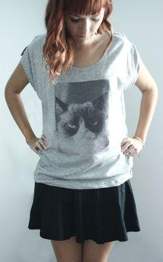 DIY : T-shirt personnalisé avec papier transfert T Shirt Original, Aide, Tunic Tops, Inspiration, Women, Fashion, Transfer Paper, Bubbles, Biblical Inspiration