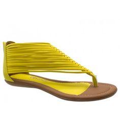 198a2d2d8 Sandália Gladiadora Rasteira Dakota Couro Amarelo. Zíper na parte traseira  para facilitar o calce. Forro bege, palmilha amarela, debrum da palmilha e  ...