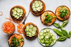 We love burgers, and we love banh mi. Therefore it was only a matter of time before this banh mi burger recipe—a positively irresistible hybrid of the two—was born. Pork Burgers, Burger Buns, Good Burger, Easy Summer Meals, Easy Meals, Burger Recipes, Burger Ideas, Banh Mi Sandwich, Pork Meatballs