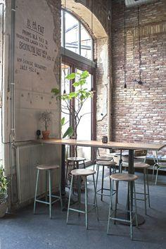 Kafe Magasinet, cafe