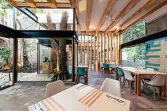 Toque de estilo Mexican Interior Design, Coffee Shop Interior Design, Restaurant Ideas, Interior Architecture, Interiors, Spaces, Modern, Inspiration, Furniture