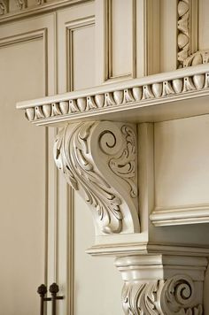 Love the acanthus millwork and trim in this kitchen cabinetry and corbels Classic Kitchen Cabinets, Kitchen Cabinetry, Custom Kitchens, Luxury Kitchens, Single Main Door Designs, Kitchen Interior, Kitchen Design, Bedroom False Ceiling Design, Classic Ceiling