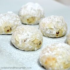 Snowball Pecan Cookies - Lady Behind The Curtain