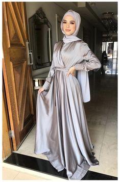 Modest Fashion Hijab, Modern Hijab Fashion, Hijab Fashion Inspiration, Muslim Fashion, Fashion Dresses, Hijab Fashion Summer, Stylish Hijab, Hijab Prom Dress, Hijab Evening Dress