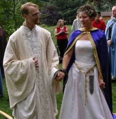 Historically accurate costumes and fantasy clothing. Our historic costumes are thoroughly researched for SCA use as well as Medieval and Renaissance faires, weddings, theatre, and performance. Wedding Attire, Wedding Gowns, Wedding Flowers, Wedding Venues, Wedding Ideas, Cloak And Dagger, Medieval Wedding, Handfasting, Schmidt