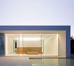 Atrium House by Fran Silvestre Arquitectos