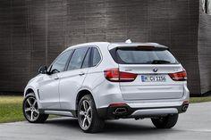 2015 BMW X5 xDRIVE40e Image