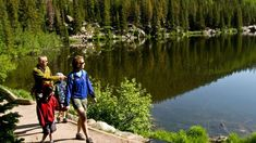 5 Popular & Easy Day Hikes in Colorado; range from 1.2 - 4.6 mi round-trip.  Pick one and get to it!